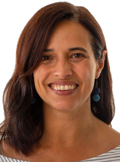 Dr. Cibele Queiroz