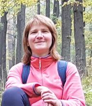 Dr. Ilona Knollová